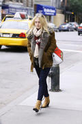 Dakota Fanning out in jeans & boots in New York 10/11/12 (HQ)