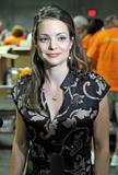 Кимберли Уильямс-Пэйсли, фото 4. Kimberly Williams-Paisley Kicks Off Feeding America's Hunger Action Month in Nashville, Tennessee - Sept 1, 2010, photo 4