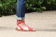 REESE WITHERSPOON Th_366702228_Reese_Witherspoon_Feet_1410279_123_199lo