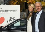 Лена Герке, фото 335. Lena Gercke 'Runter vom Gas!' Campaign in Berlin - 26.10.2010, foto 335