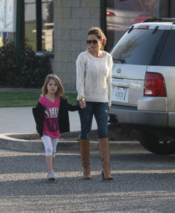 Брук Берк, фото 1448. Brooke Burke playing in the park with her kids in Malibu, february 20, foto 1448
